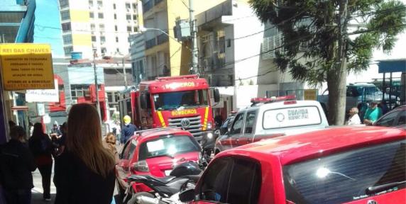 Corpo de Bombeiros contém princípio de incêndio no Centro de Santa Maria